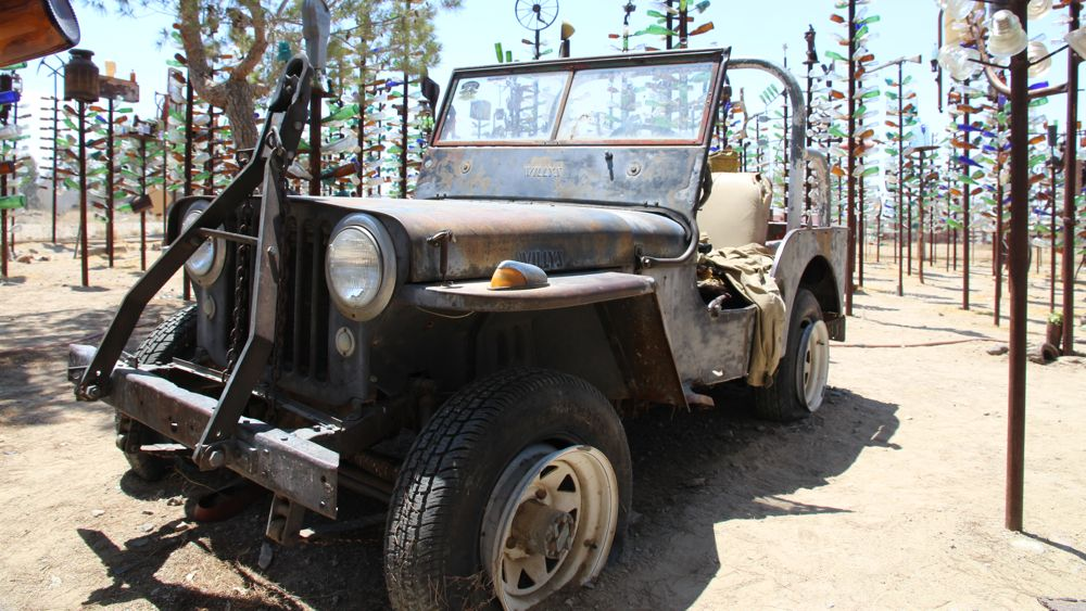 Willy's jeep at Elmer's Bottle Tree Ranch
