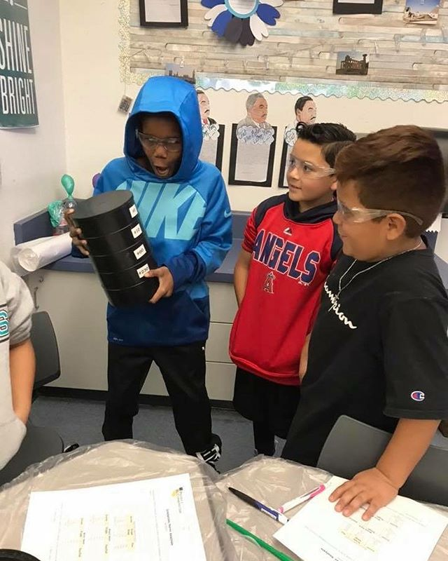 Having lots of fun with #concrete at Rancho Cucamonga Elementary!! Choose Concrete as a #Phenomena for #NGSS !! #ConcretePhenom #aggregatesinaction