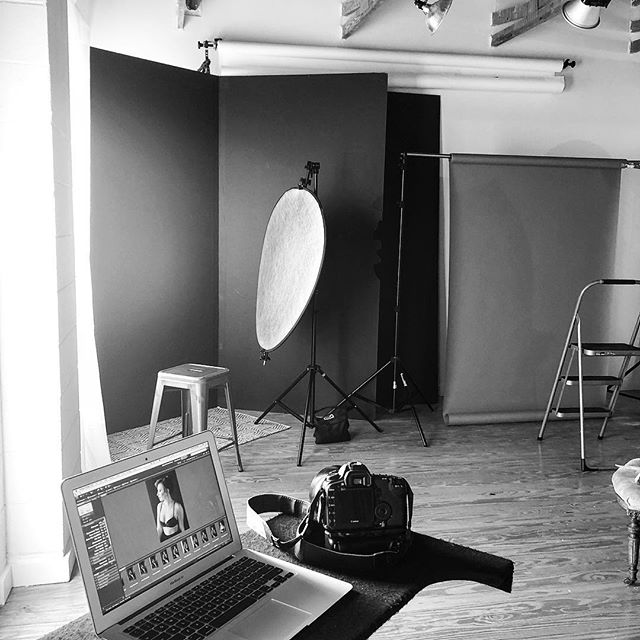 Beautiful daylight in the studio! #daylightfordays #clt #boudoir #cltphotographer #photostudio