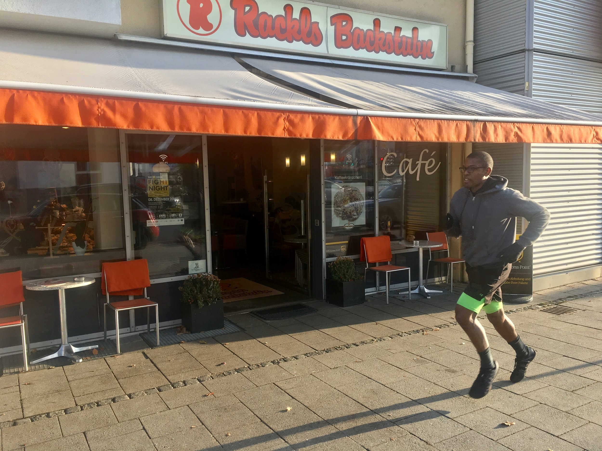 Running by favorite cafe in Munich, photo by Pavel R.