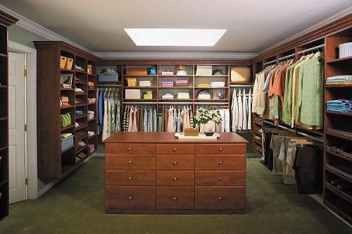 Click for Walk-in Closet Gallery