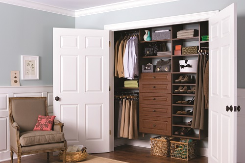 Click for Reach-in Closet Gallery