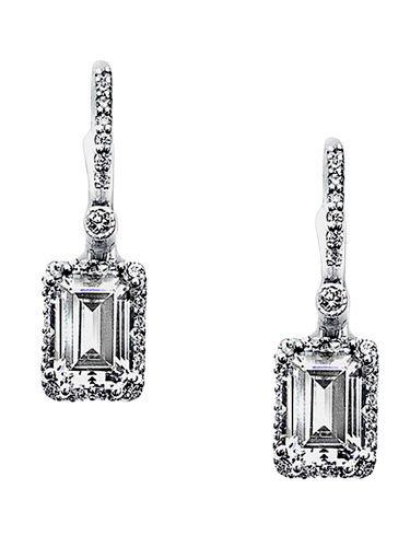 diamond earrings in milwaukee