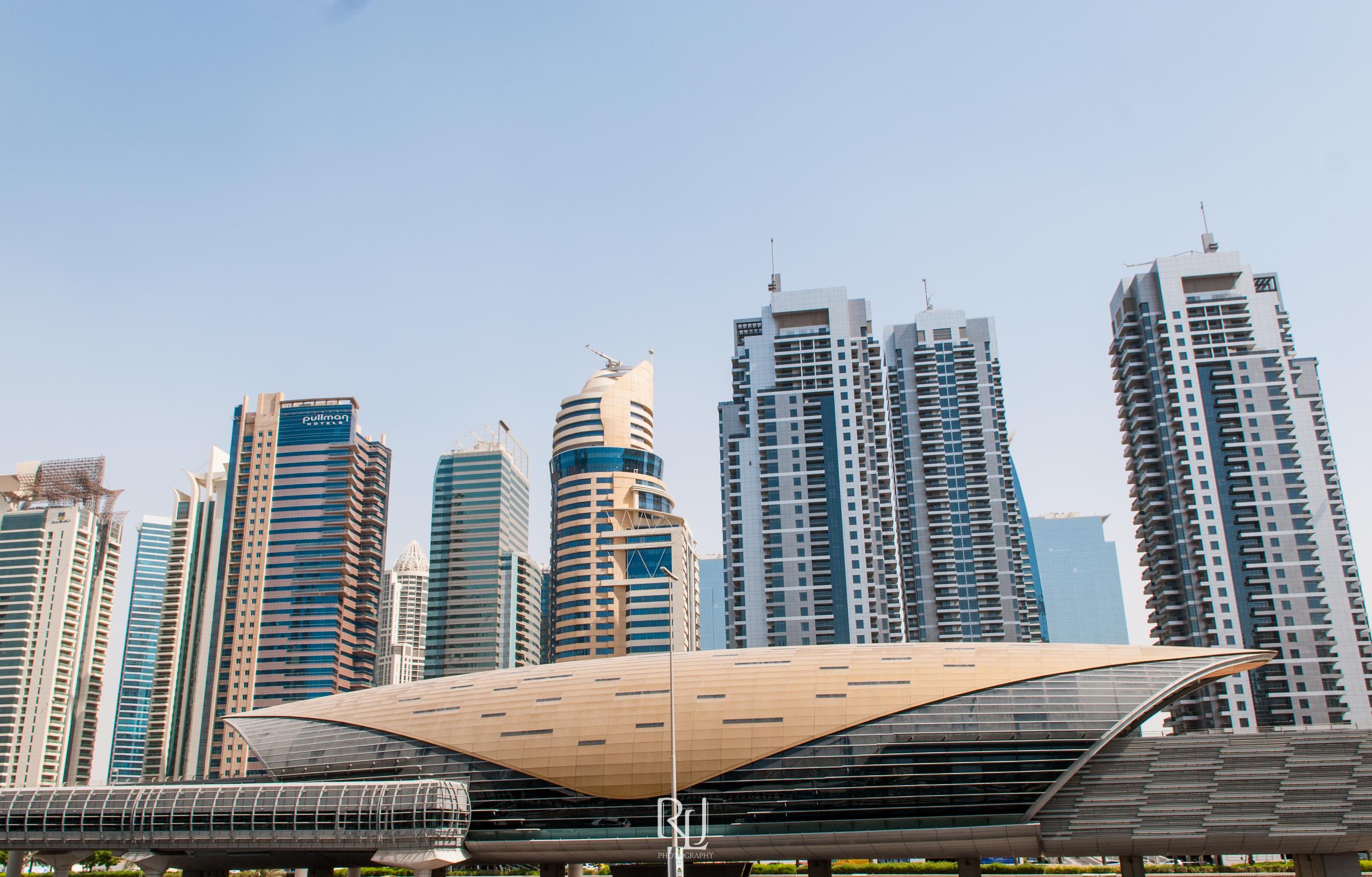 UAE15-02.jpg