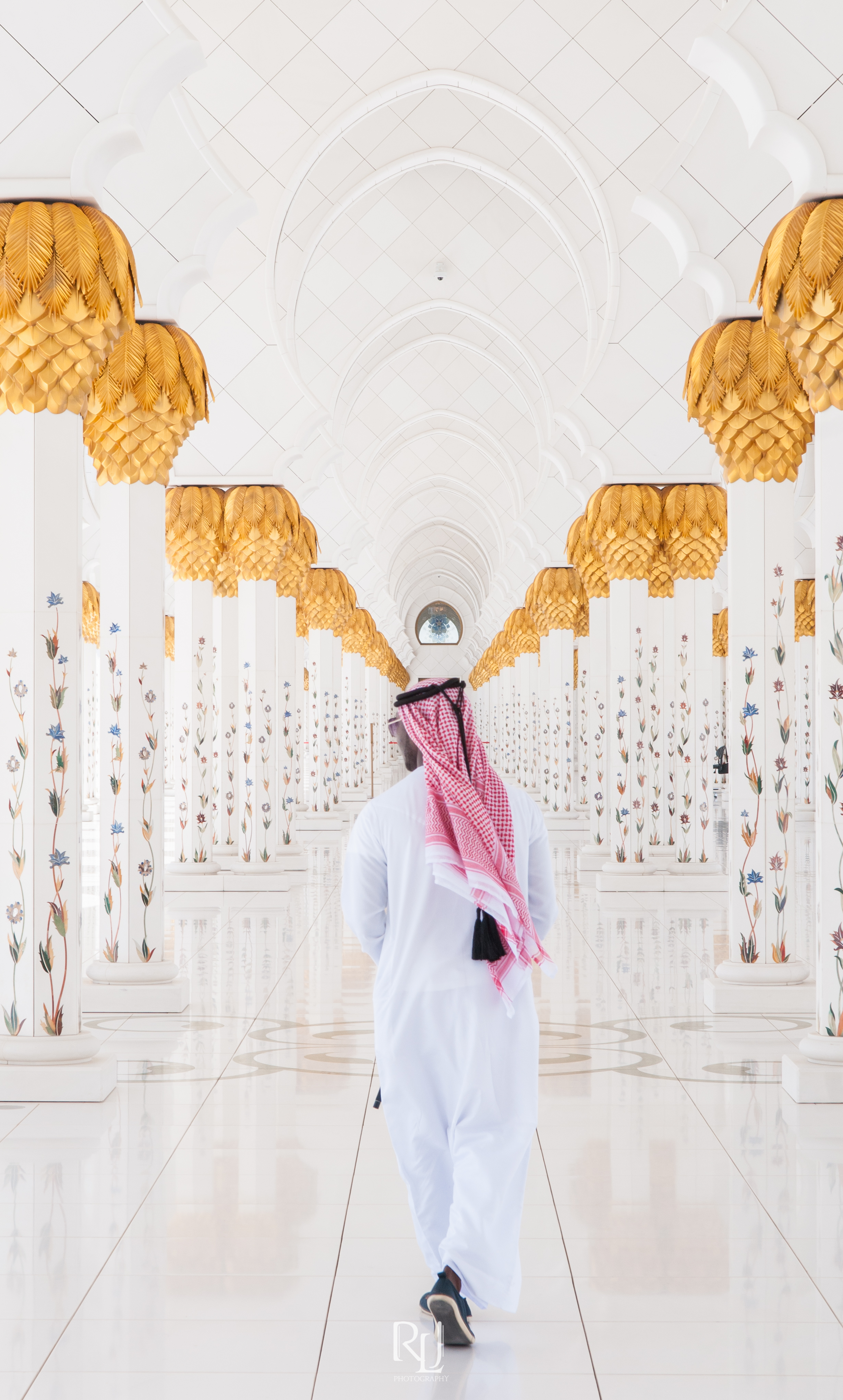 UAE15-19.jpg