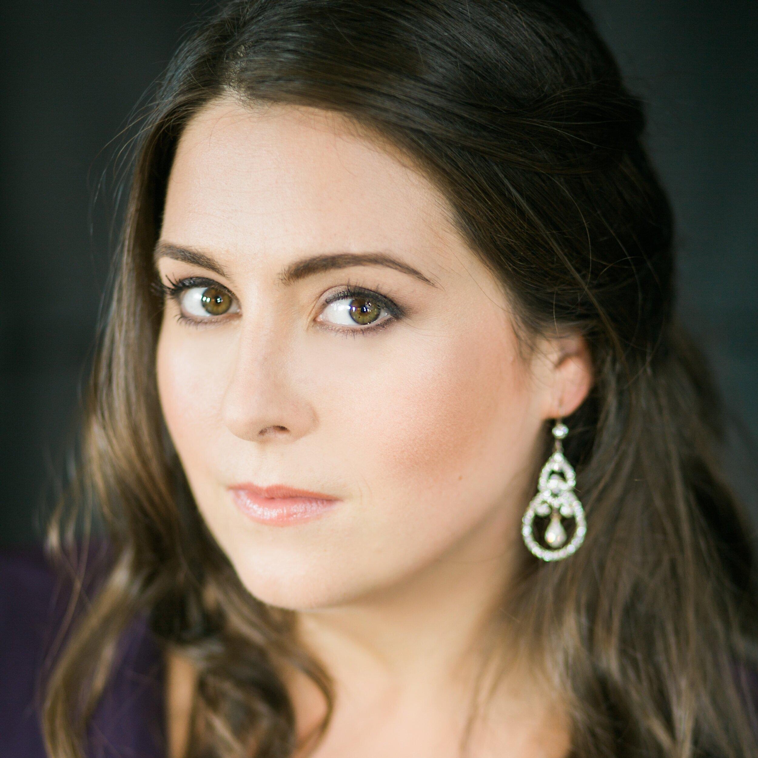 Victoria Cannizzo, soprano