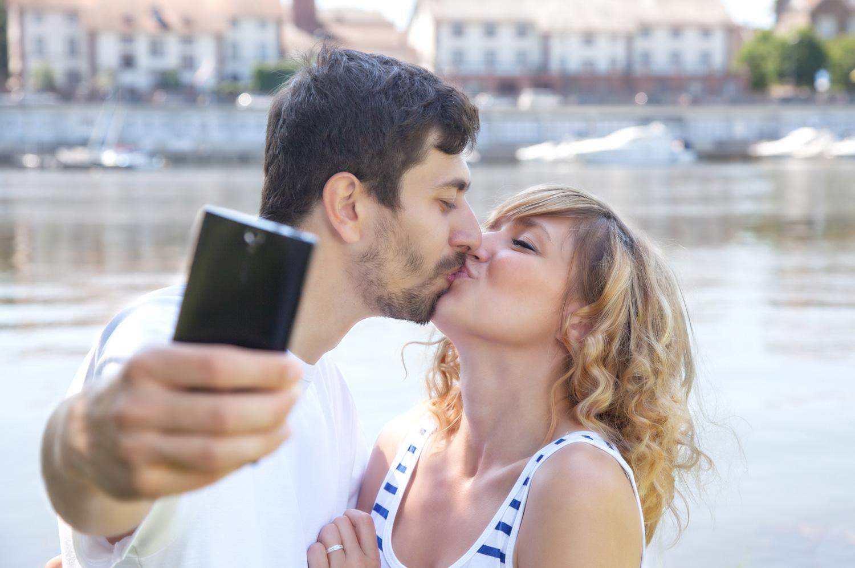 comm_couple.jpg
