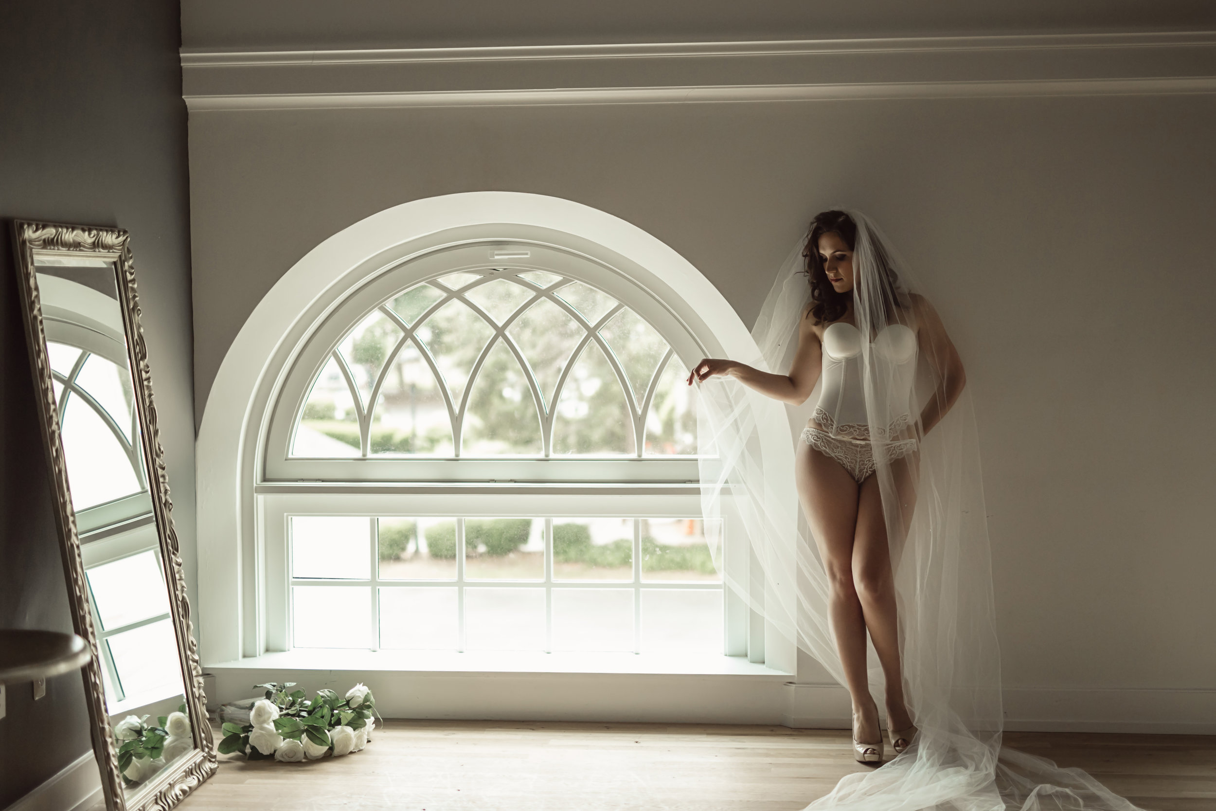 CATE SCAGLIONE-RED BANK BOUDOIR-kmberl (29 of 45).jpg