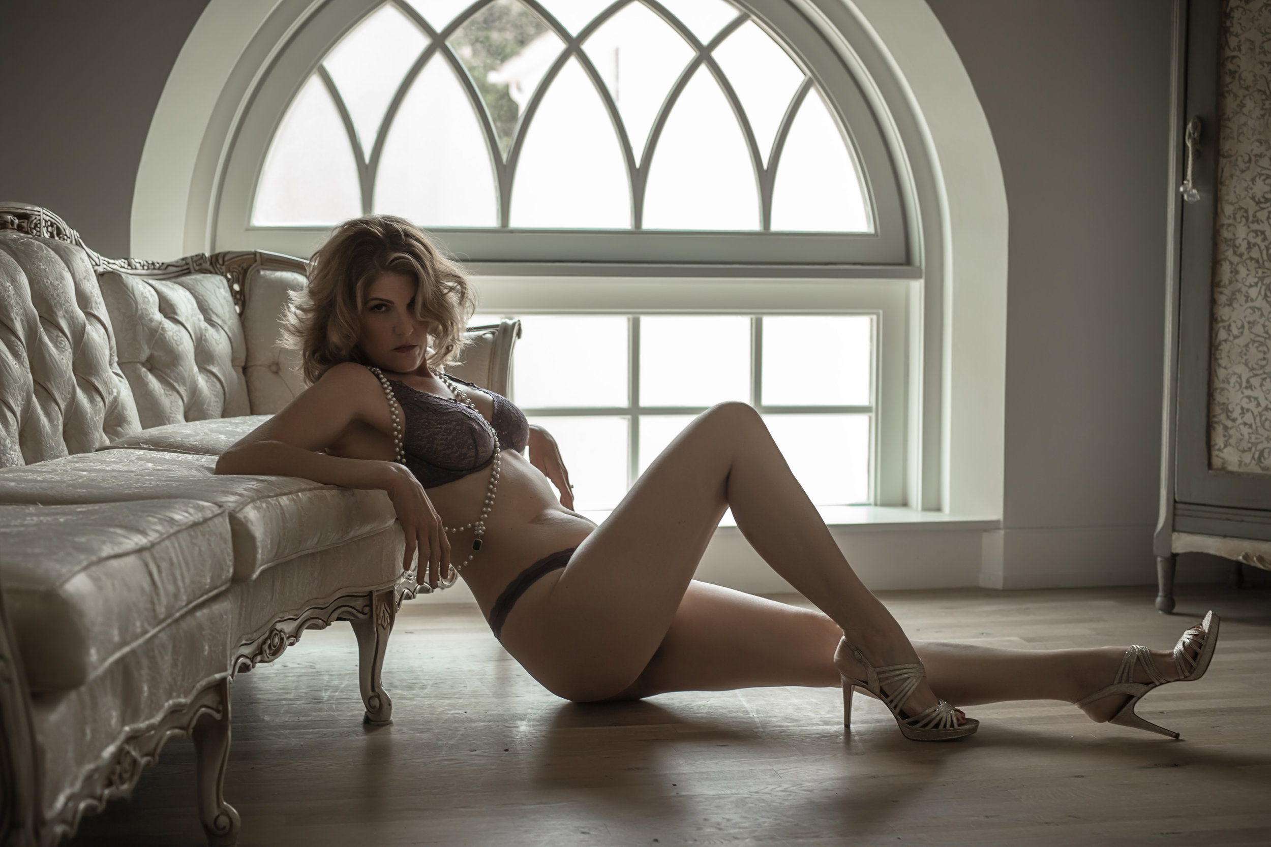 CATE SCAGLIONE-RED BANK BOUDOIR-AMBER (32 of 51).jpg