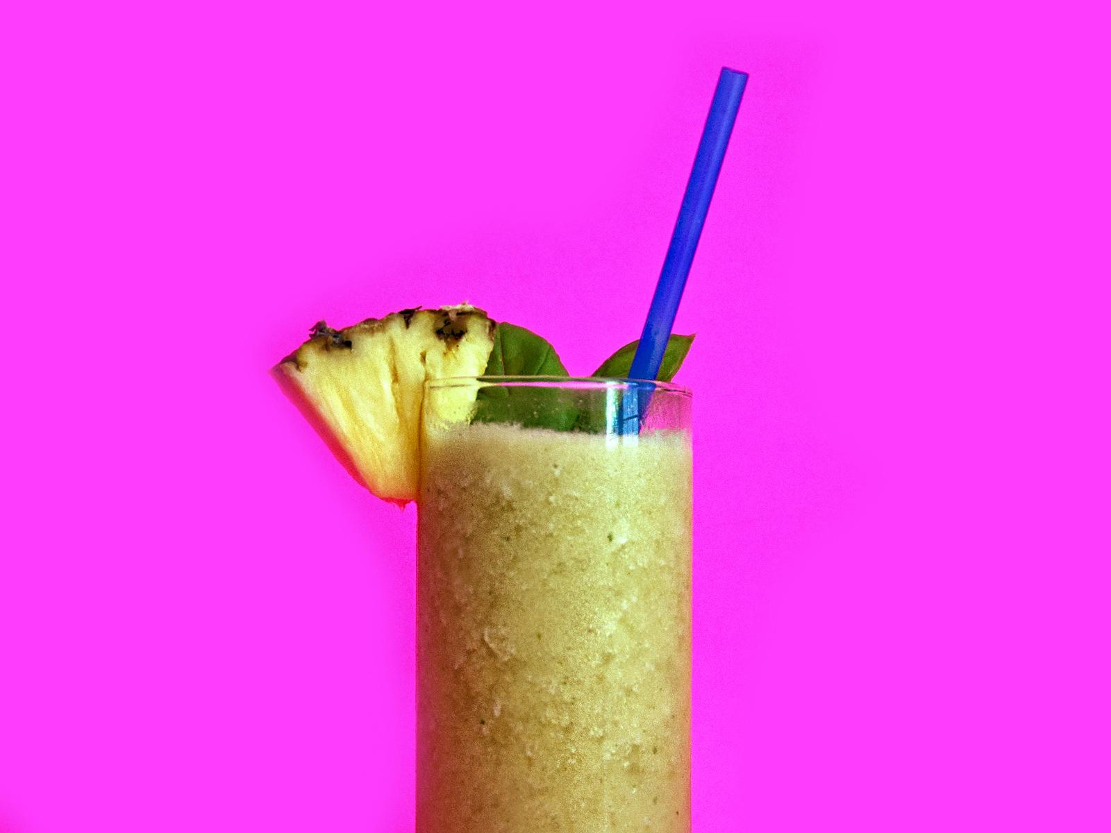 amy_chen_design_honey_basil_pineapple_banana_smoothie_1.jpg