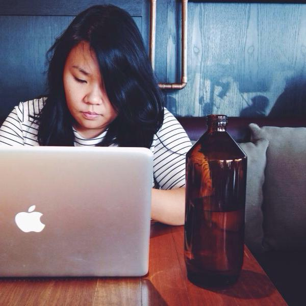 Justina Yong   food stylist, recipe developer,home cook, baker.