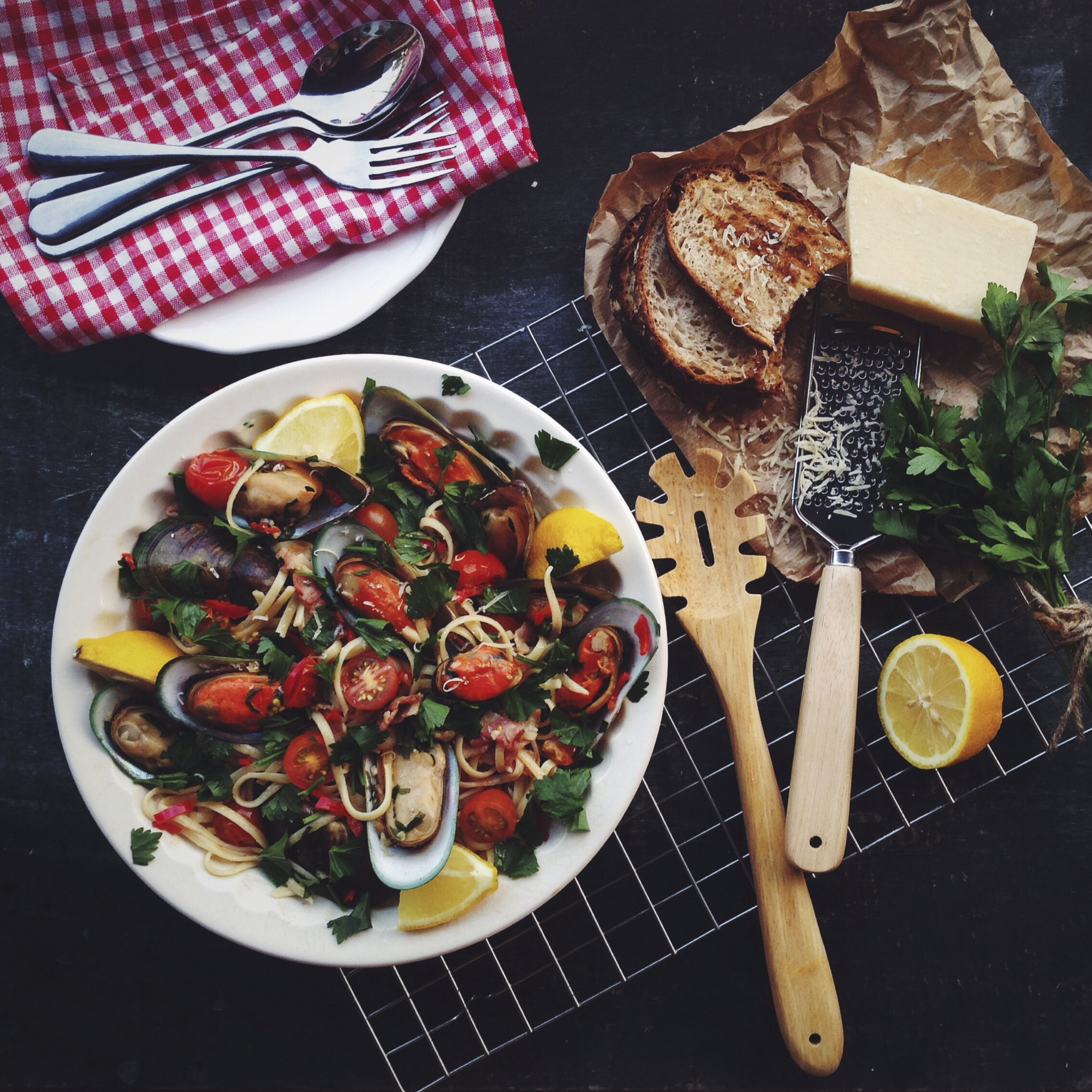 Mussels Linguine_1.jpg