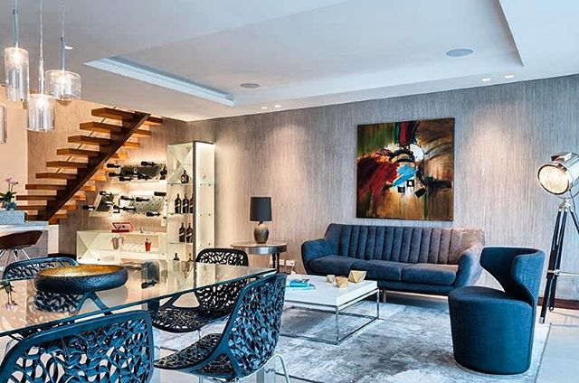 What a sleek and stylish design!  #fbf To this amazing design job done by the talented and amazing team @cf_ecuador  #cfdesigncenter #interiordesign #dreamhouse #homeaesthetics #modern #openconcept #design