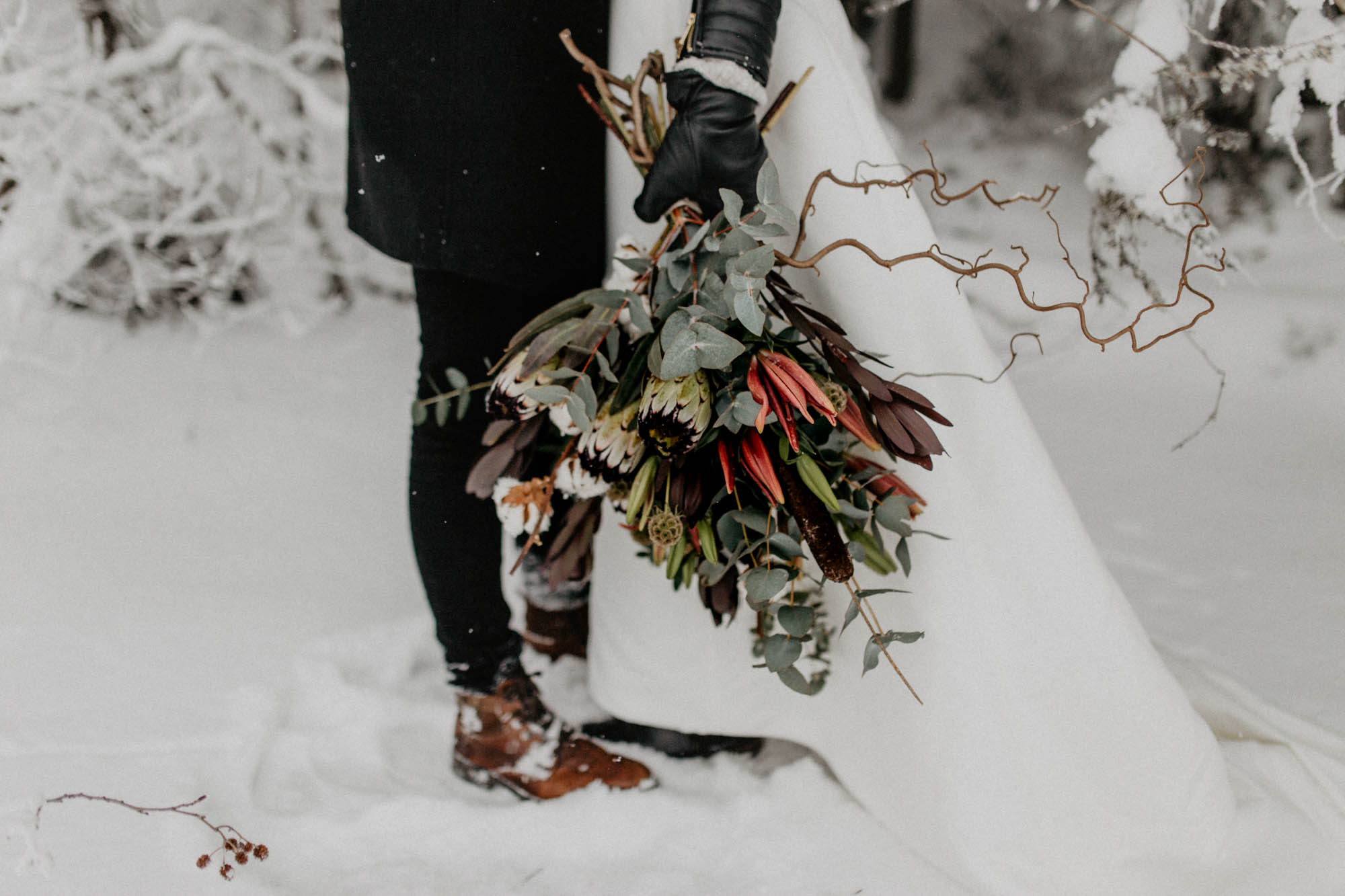 ashley_schulman_photography-winter_wedding_tampere-9.jpg