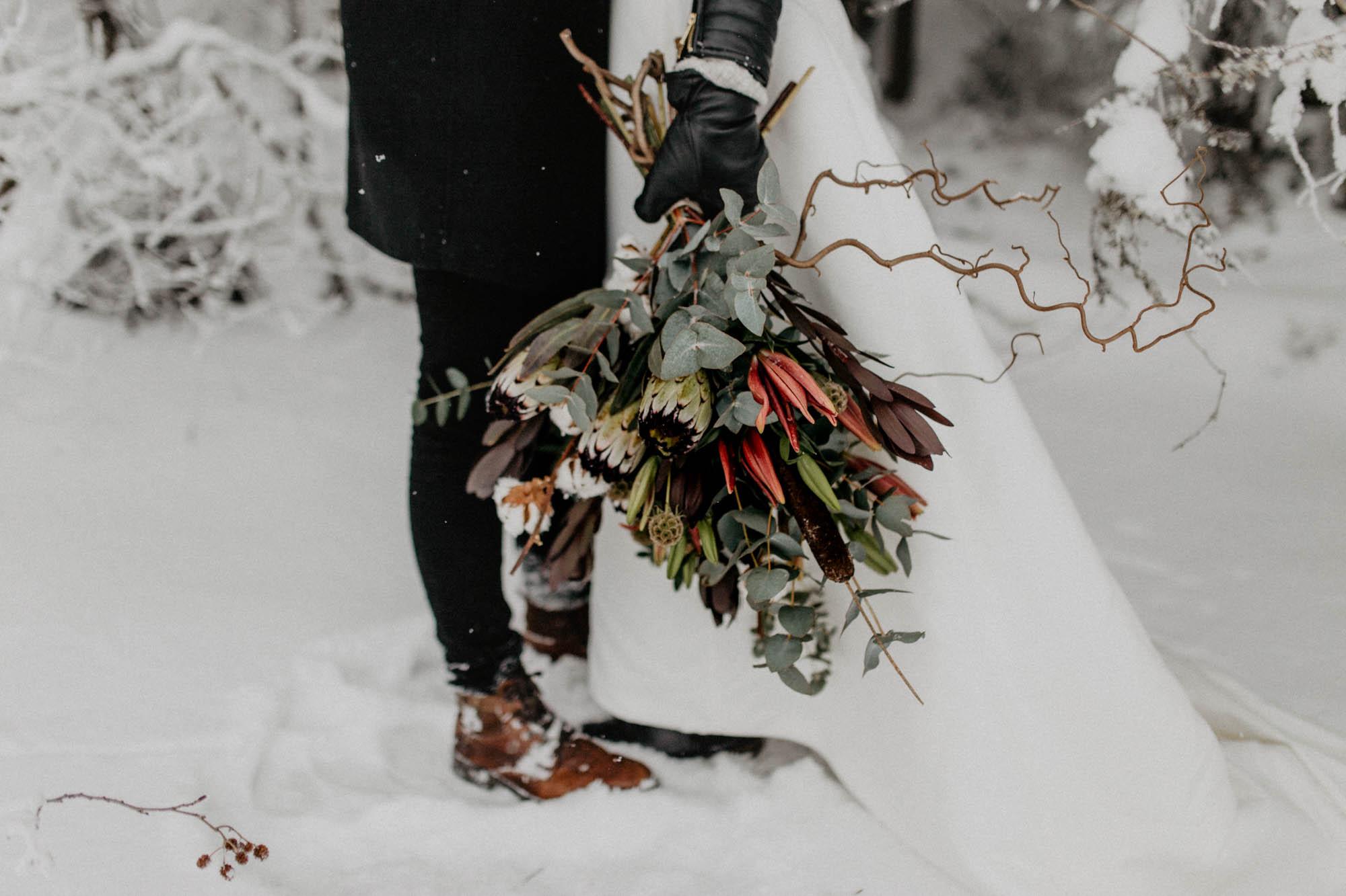 ashley_schulman_photography-winter_wedding_tampere-9.jpg