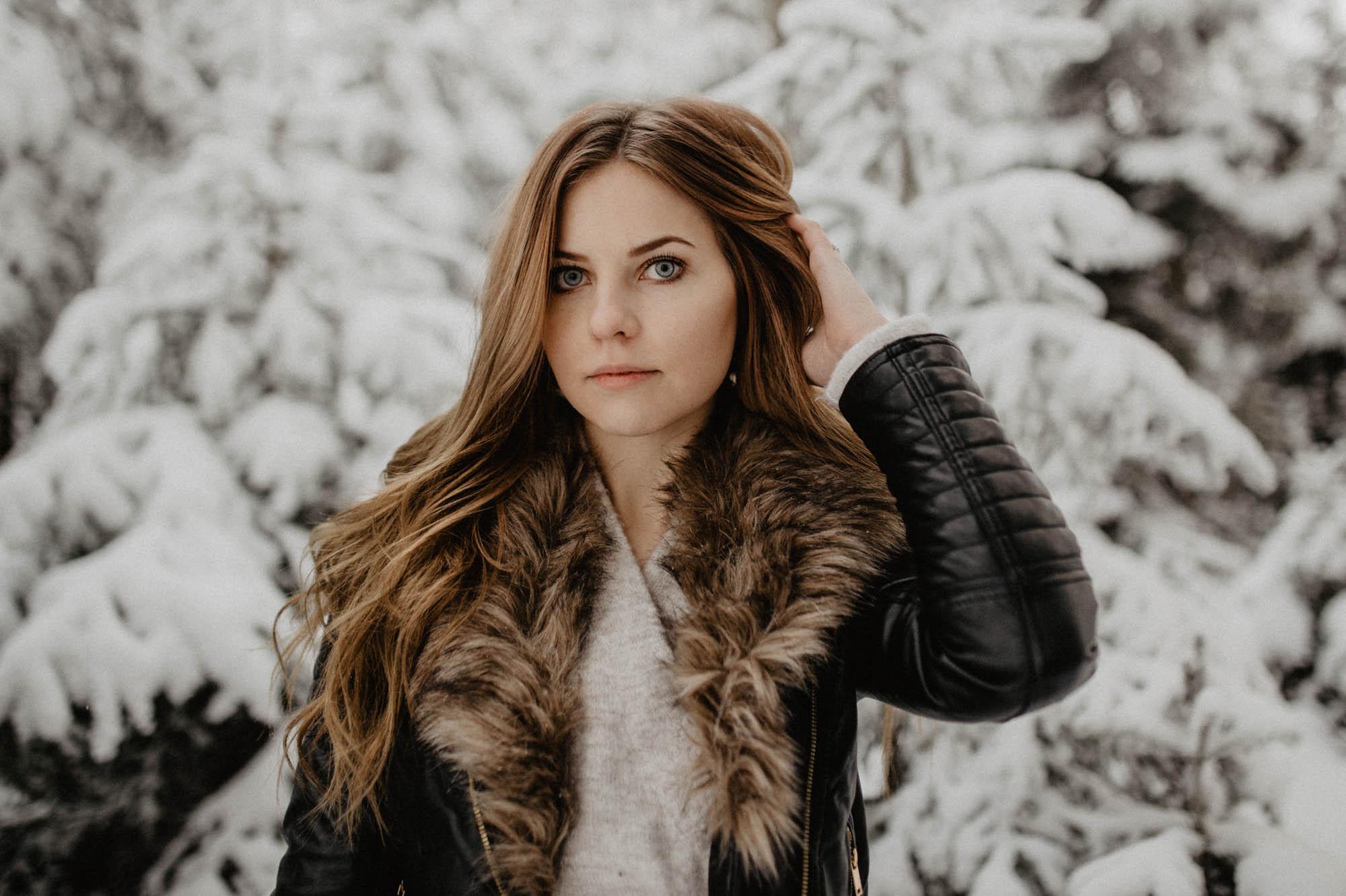 ashley_schulman_photography-winter_wedding_tampere-17.jpg