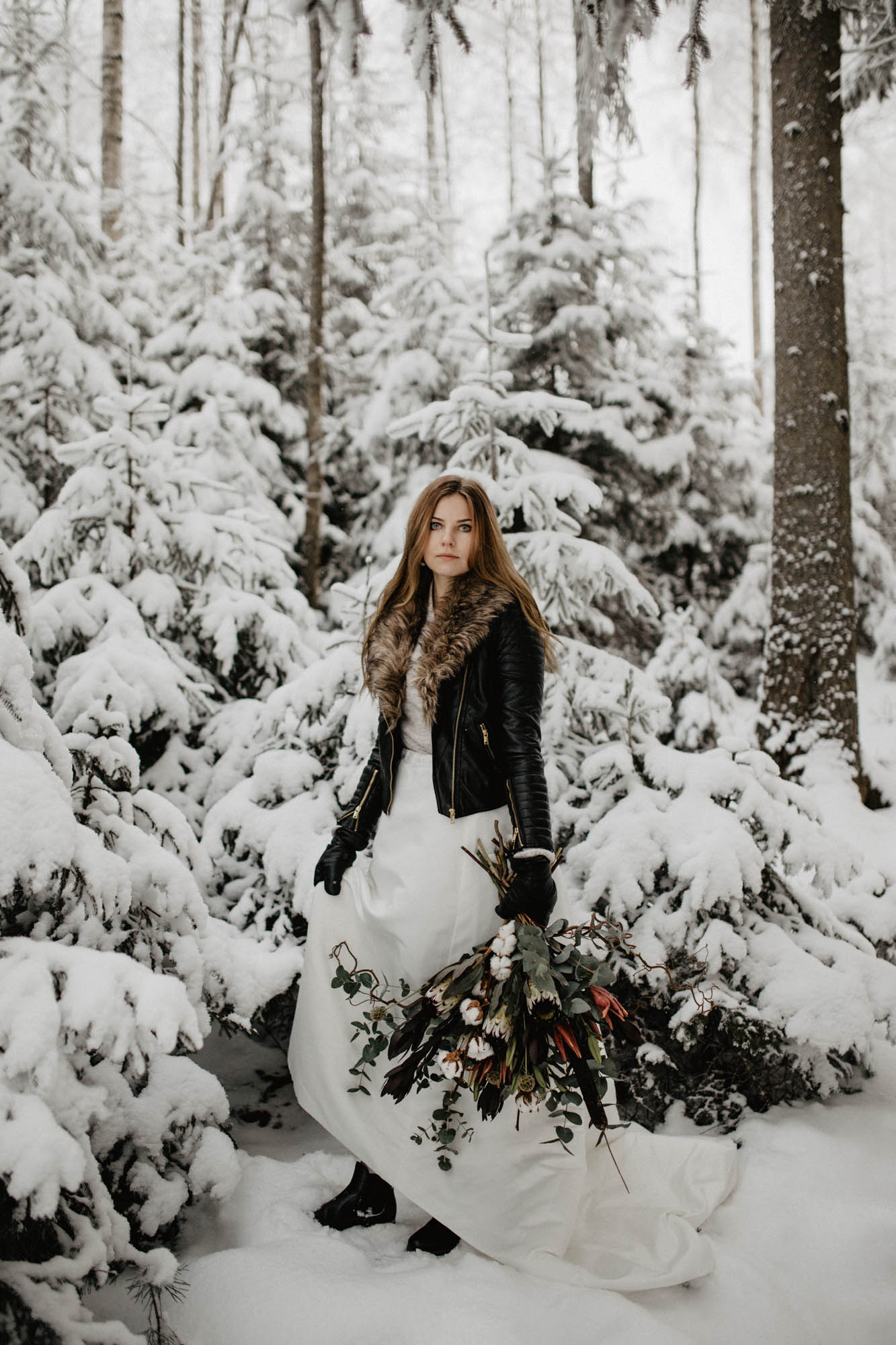 ashley_schulman_photography-winter_wedding_tampere-19.jpg