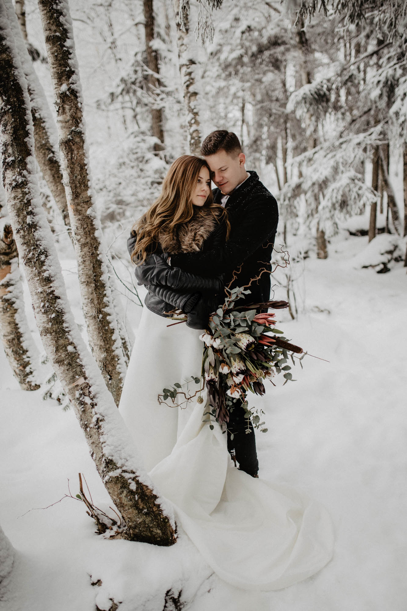 ashley_schulman_photography-winter_wedding_tampere-20.jpg