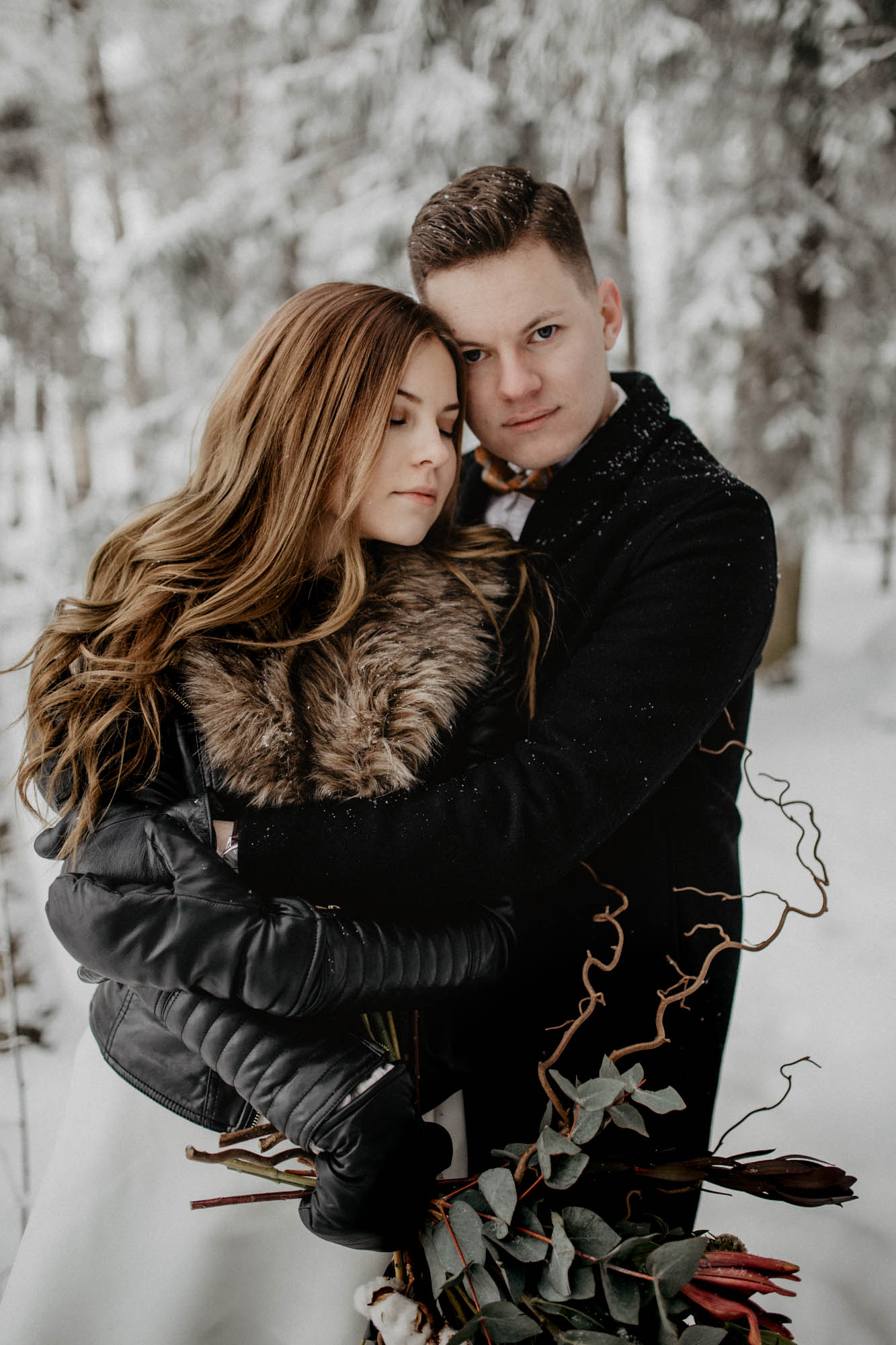 ashley_schulman_photography-winter_wedding_tampere-21.jpg