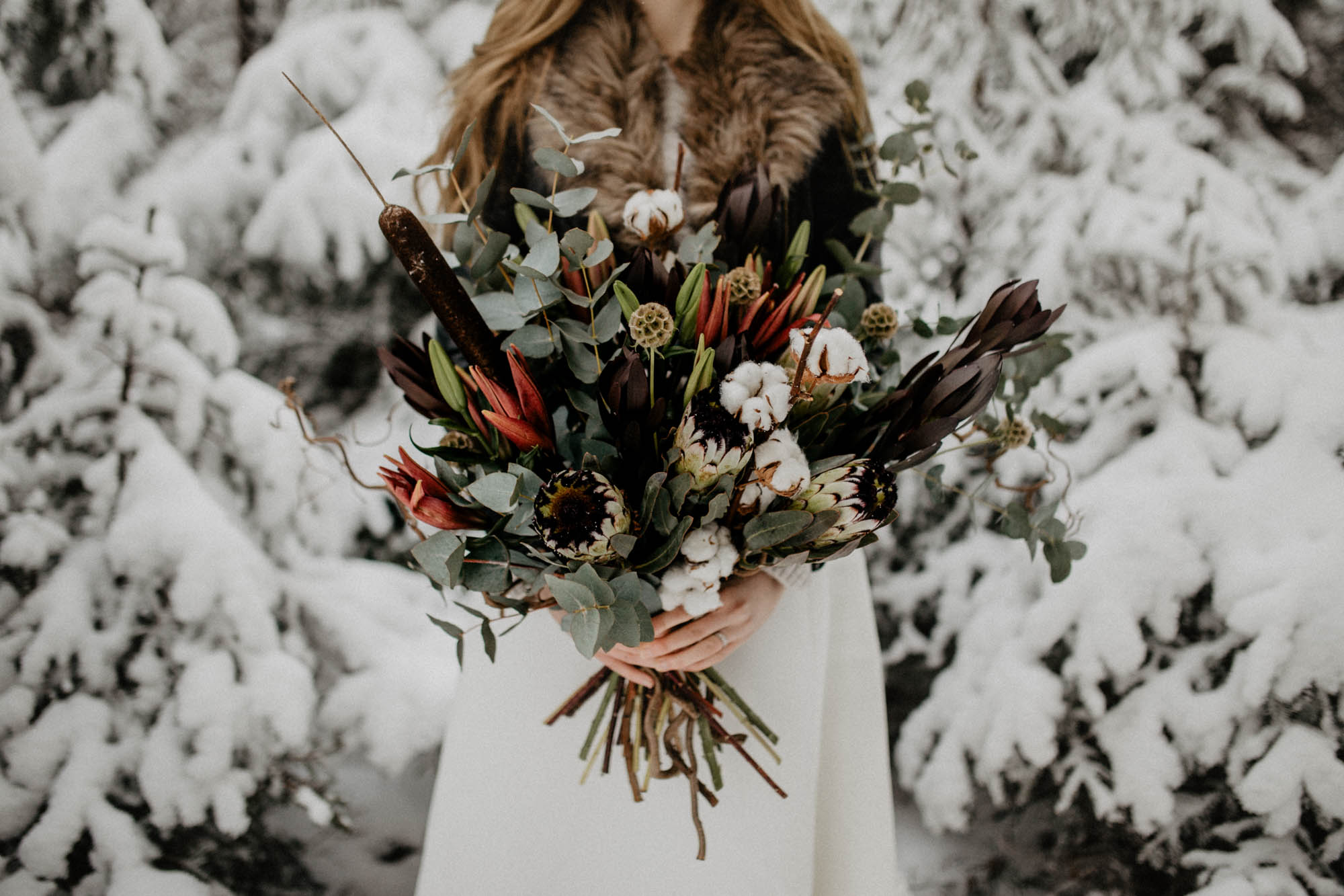 ashley_schulman_photography-winter_wedding_tampere-35.jpg