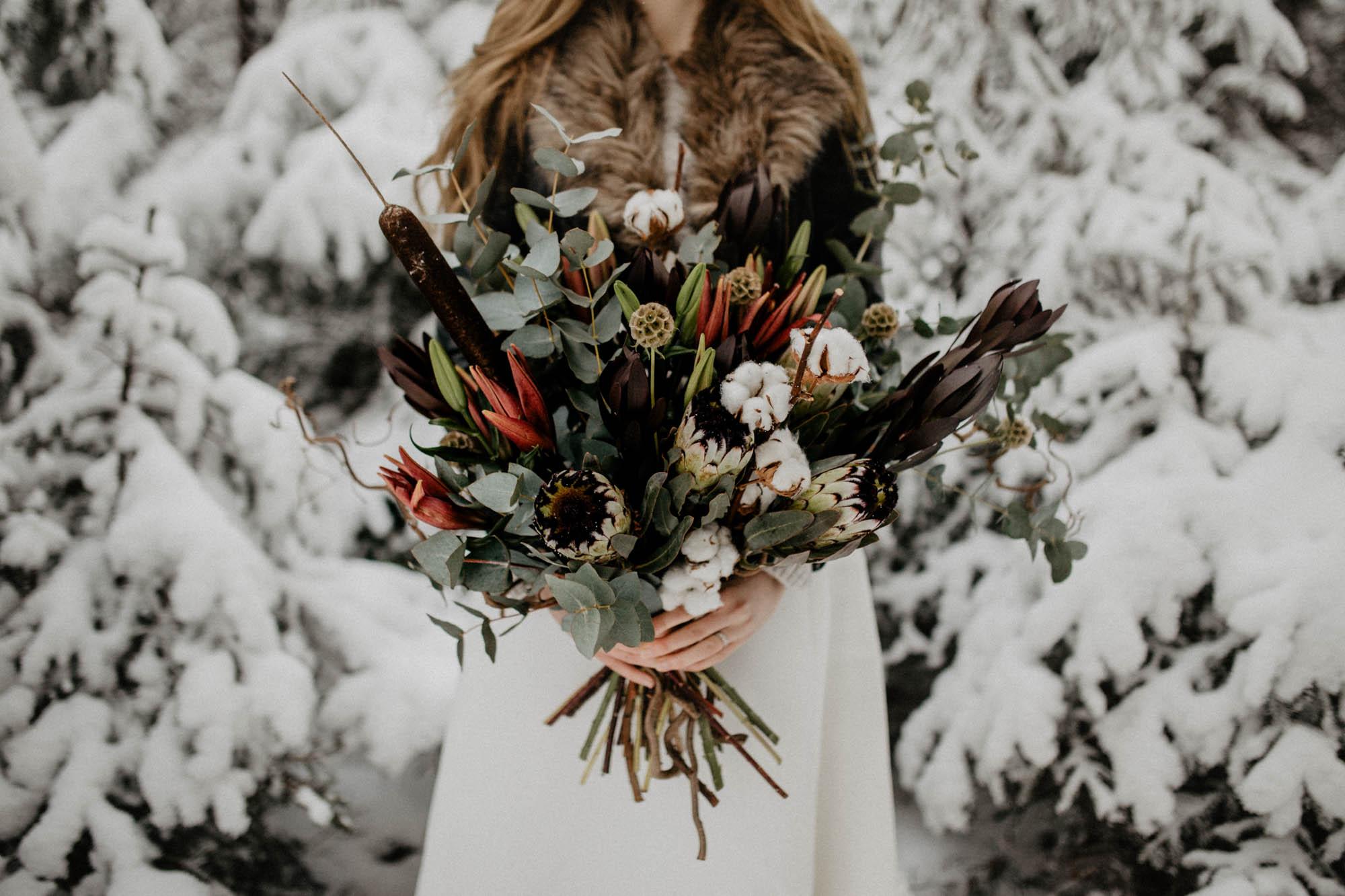 ashley_schulman_photography-winter_wedding_tampere-35.jpg