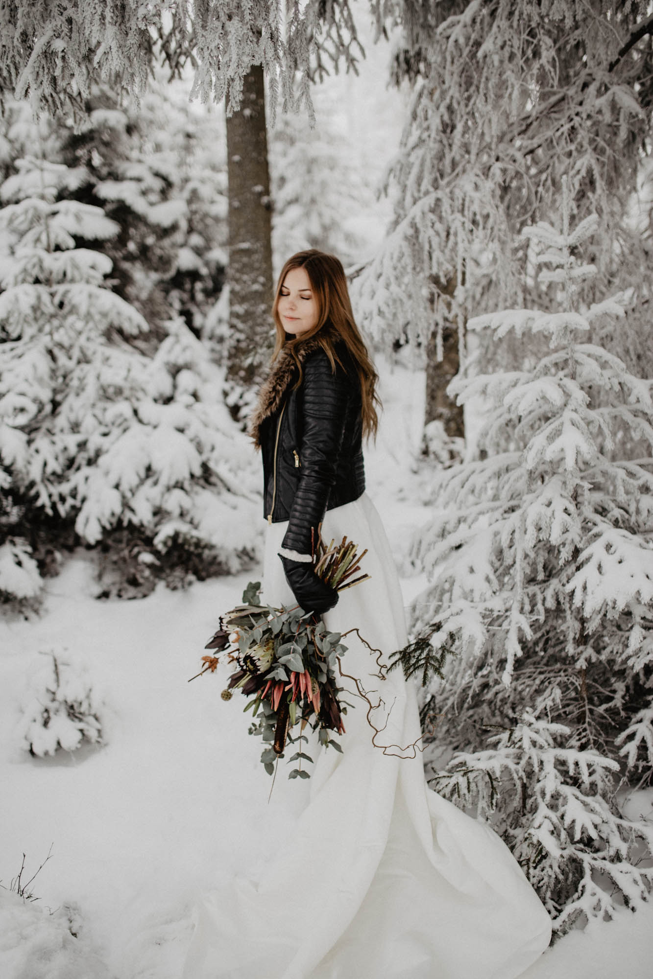 ashley_schulman_photography-winter_wedding_tampere-36.jpg