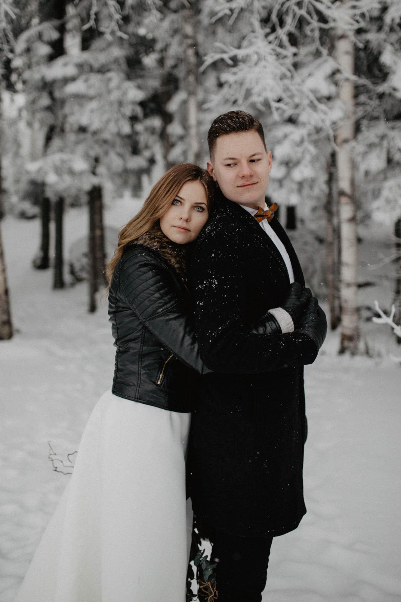 ashley_schulman_photography-winter_wedding_tampere-40.jpg