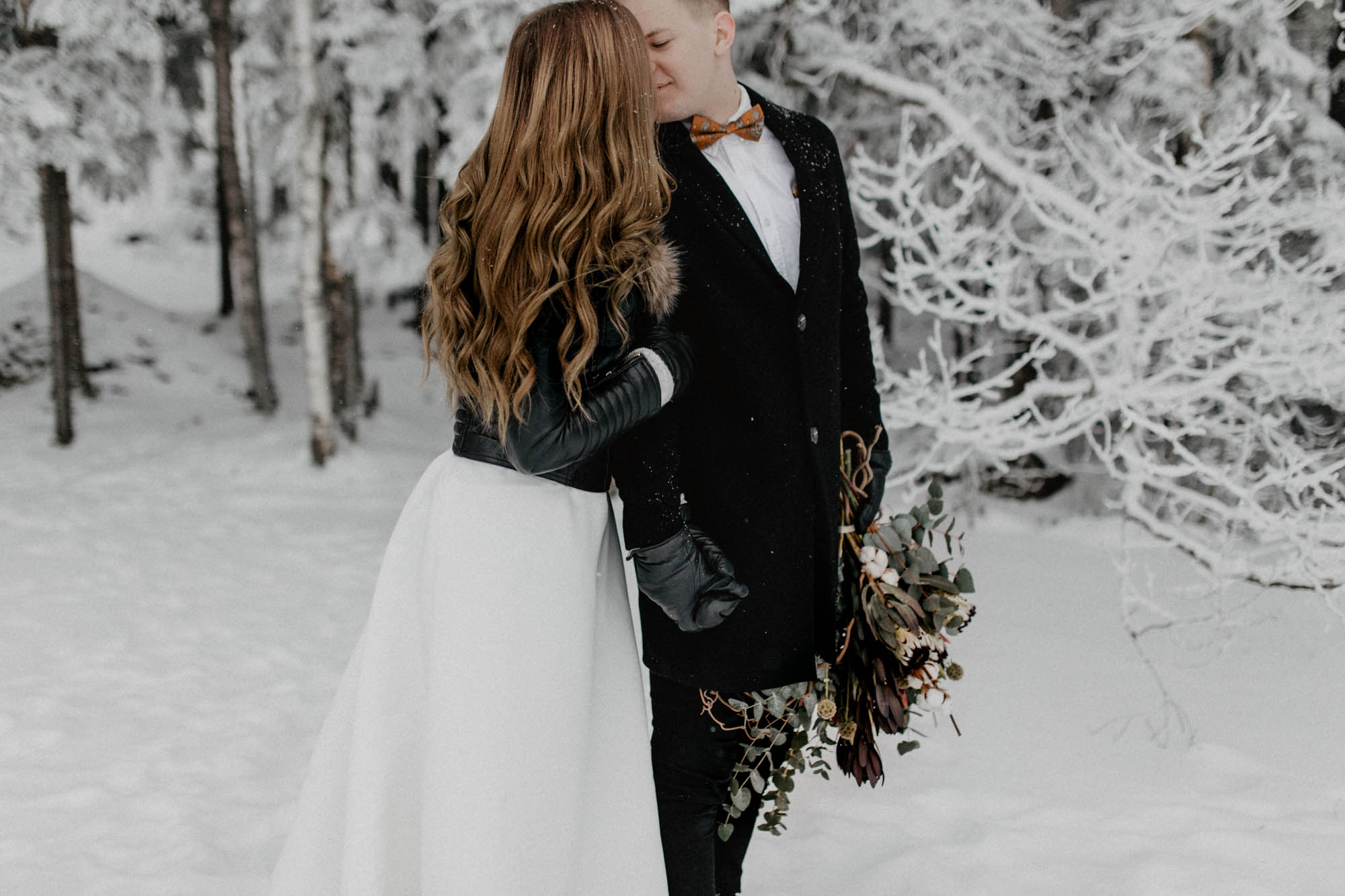 ashley_schulman_photography-winter_wedding_tampere-42.jpg