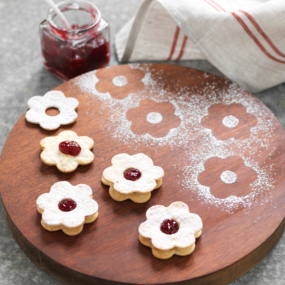 JAMMY WRAP BISCUITS