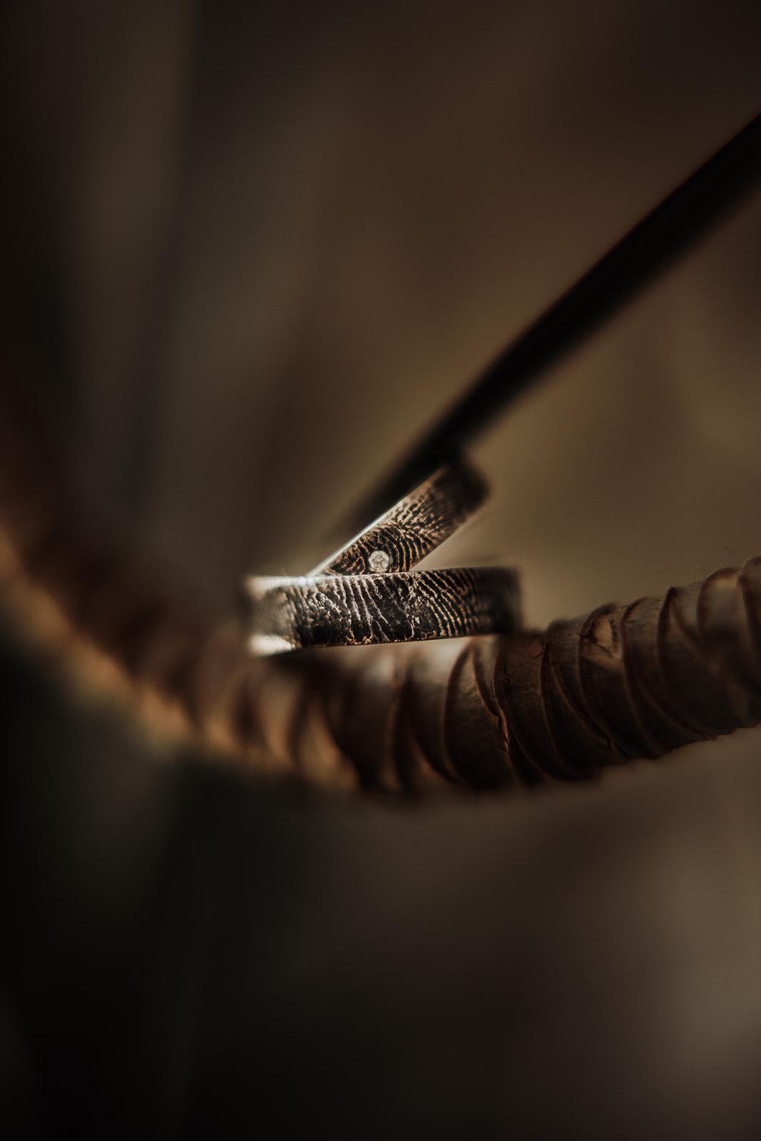 Wedding bands & Jewellery - MooguContemporiaCristina Masnitz