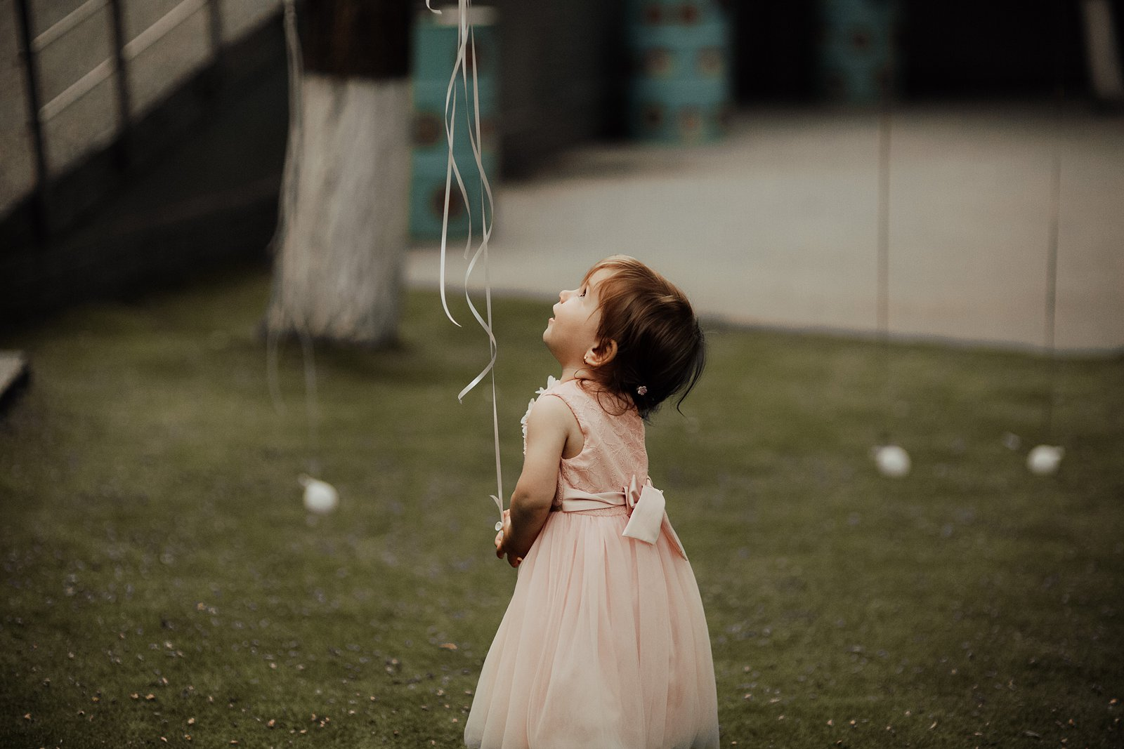 boho-wedding-girl-balloon-liaandlau