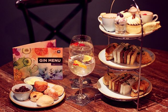Treat yourself to our gin inspired afternoon tea this weekend! An innovative range of savoury bites, freshly baked scones and delicious sweet treats inspired by and infused with our favourite gins 🍸🍰 Available only at Gin71 Buchanan Street!  Book now through the link in our bio