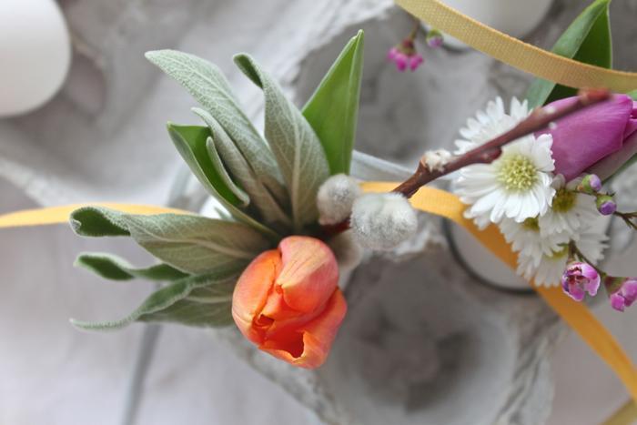 700_orange-easter-egg-bouquet.jpg