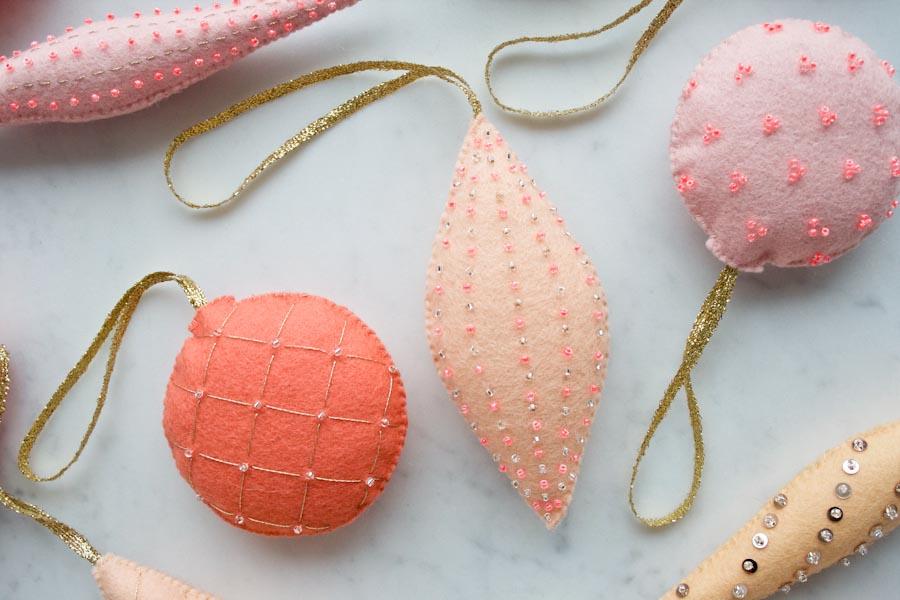 heirloom-wool-ornaments-600-6.jpg