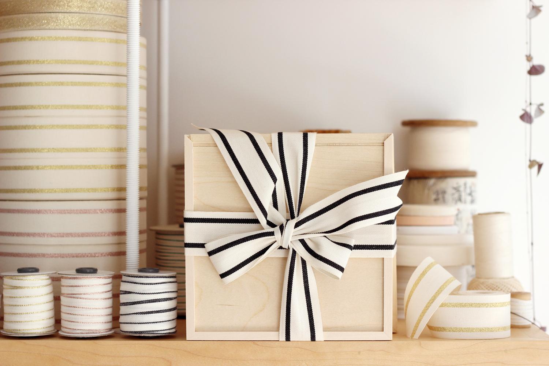 stripe black packageW.jpg