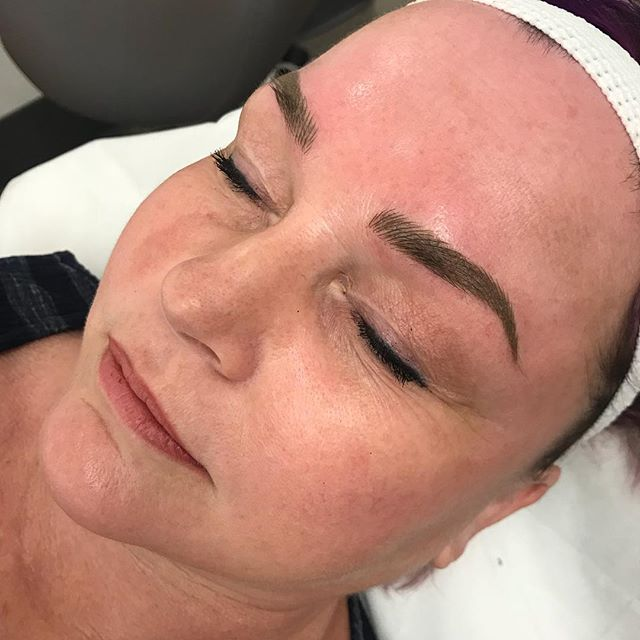 Brows of the day. This is after her second touch up appointment, this lady started with literally nothing!! Remember to not miss out on our Black Friday sales this weekend. . #microbladingworldwide #microbladingworld #microblading #microbladedbrows #microbladingyyc #yycmicroblading #calgarymicroblading #yycbrows #yycbrowsonpoint #yycbrowgame #yycmicropigmentation #calgarymicropigmentation #browcorrection #browgame #browworld #semipermanentbrows #yycsemipermanentmakeup #yycsemipermanentbrows #abhbrows #kbb #abh #kellybakerbrows #desiperkins #chrisspy #beautycon #beautyworld #tinadavies #harmonyblades