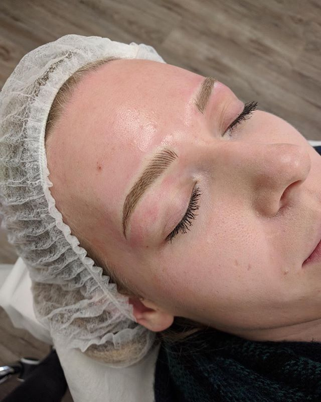 Don't miss out on our amazing Black Friday deal! 100$ off Microblading! Best part about it, is you can book today and pay the day of your appointment! Totally gives you time to save up if you need to. Bookings close at midnight tonight!!