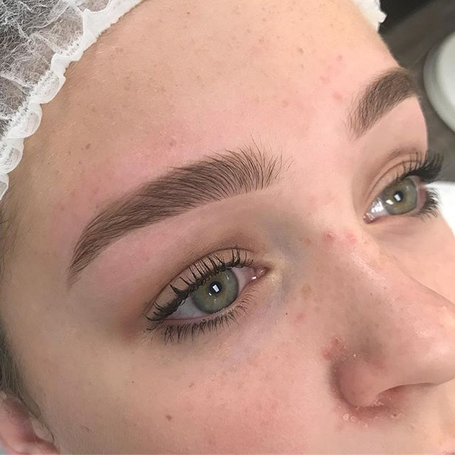 Brow goals! Wax and filled in with a brow pencil . #microbladingworldwide #microbladingworld #microblading #microbladedbrows #microbladingyyc #yycmicroblading #calgarymicroblading #yycbrows #yycbrowsonpoint #yycbrowgame #yycmicropigmentation #calgarymicropigmentation #browcorrection #browgame #browworld #semipermanentbrows #yycsemipermanentmakeup #yycsemipermanentbrows #abhbrows #kbb #abh #kellybakerbrows #desiperkins #chrisspy #beautycon #beautyworld #tinadavies #harmonyblades