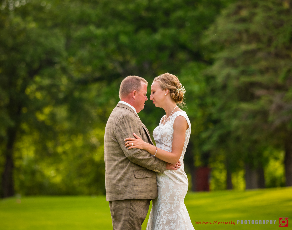 Grand Forks Wedding Photographer 911