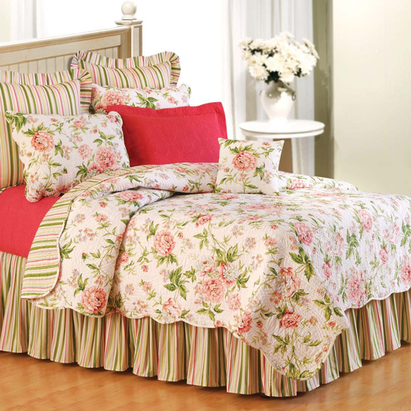 pink-brianna-shabby-chic-bedding.jpg