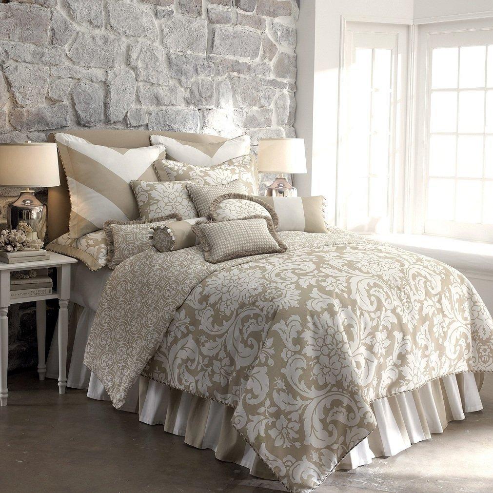 Kipton Comforter Set.jpg