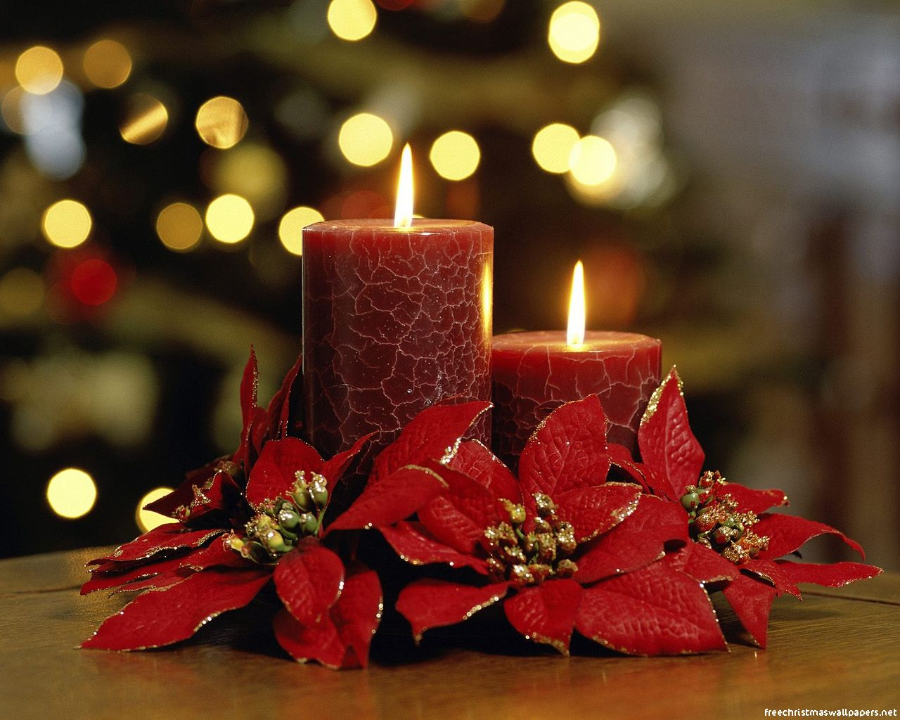 christmas-candles-wallpaper.jpg