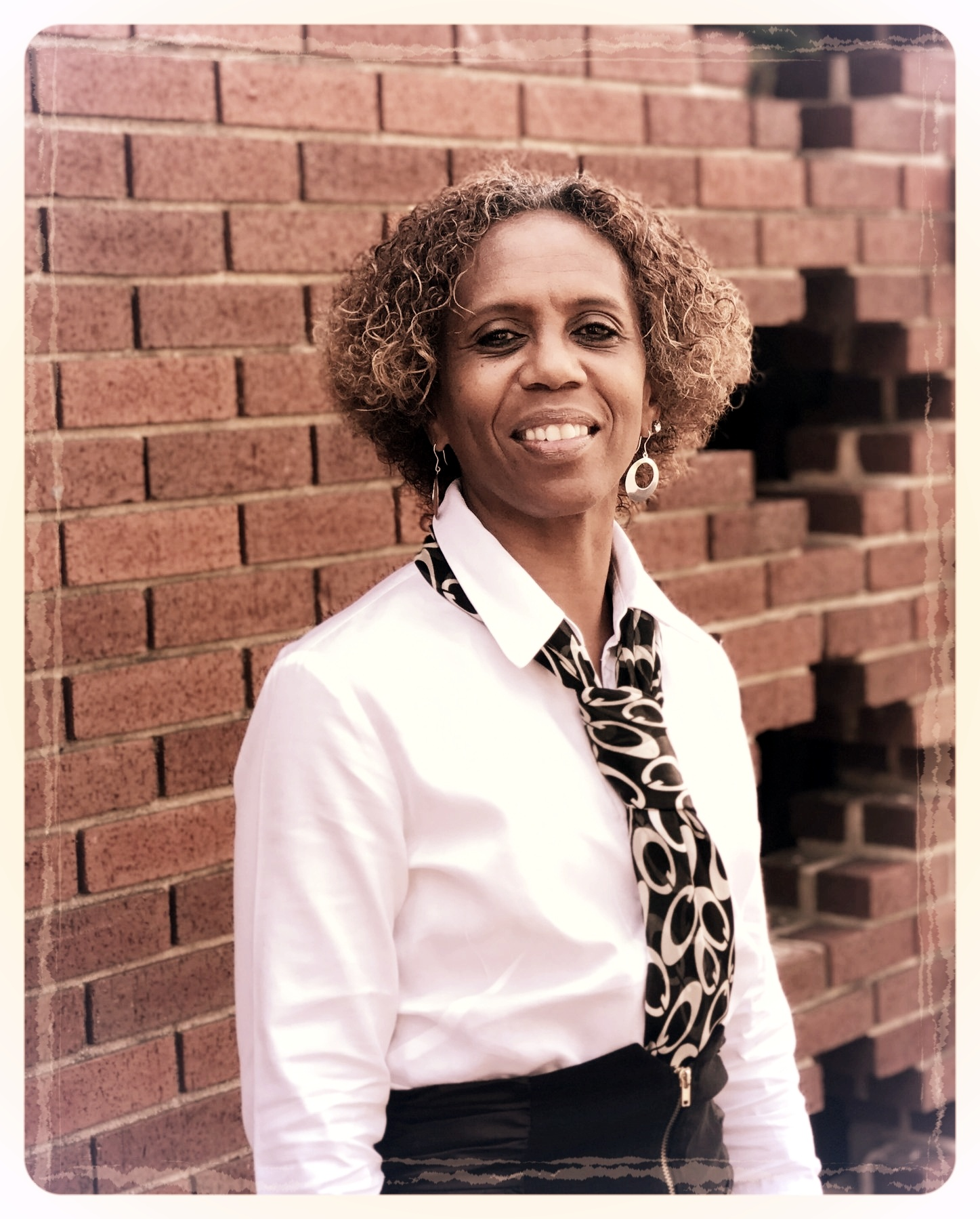 Sandra King  |  Administrative Assistant