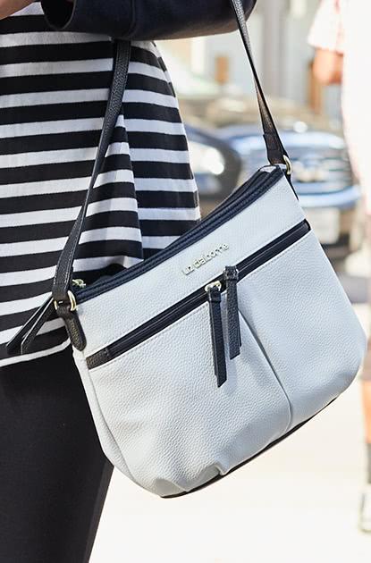 handbags17.jpg