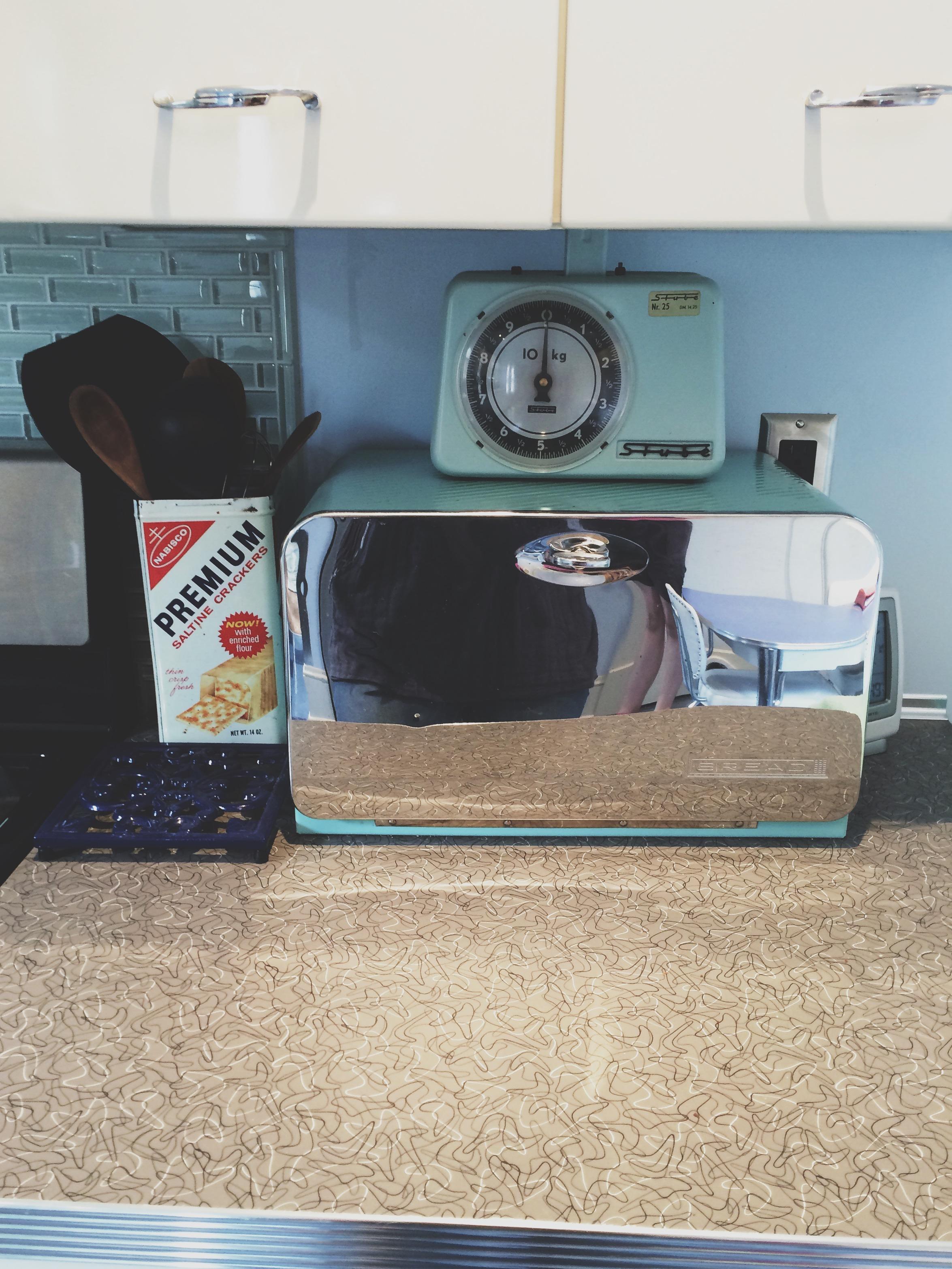 vintagebreadbox