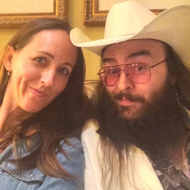 Erin & her boyfriend.