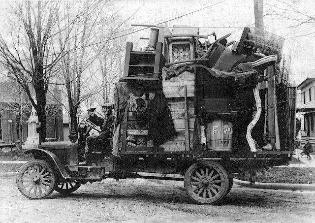 vintage_moving_truck.jpg