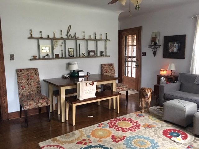 Main room, featuring Stella.