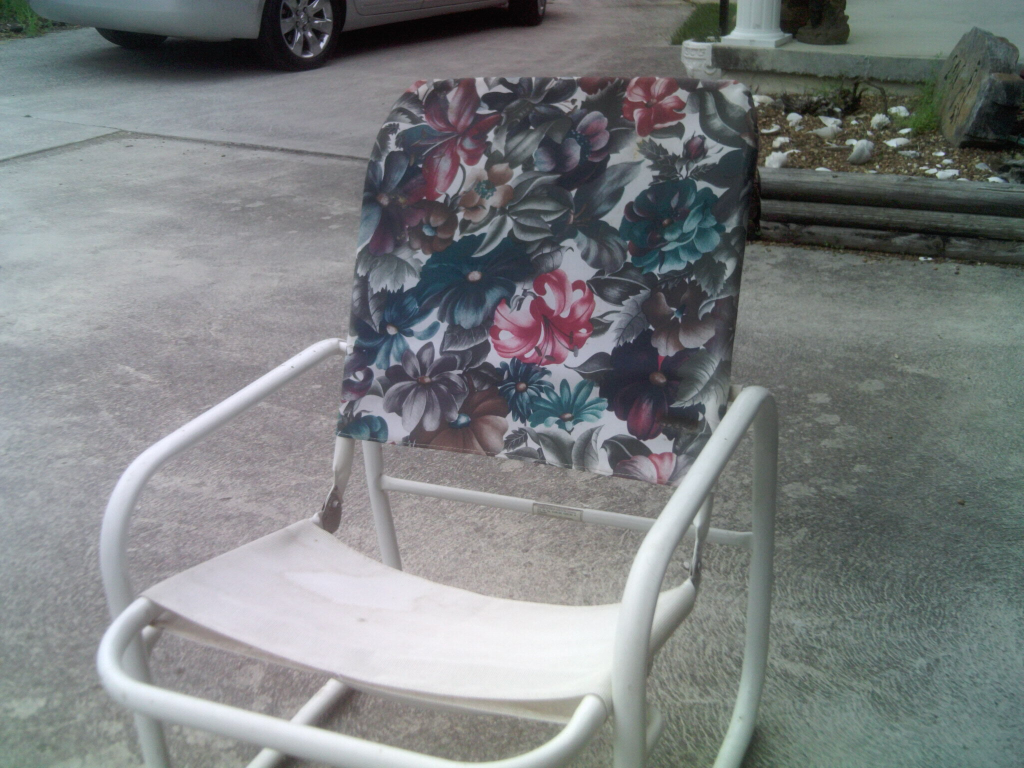 Modified BG Dining Cushion Chair