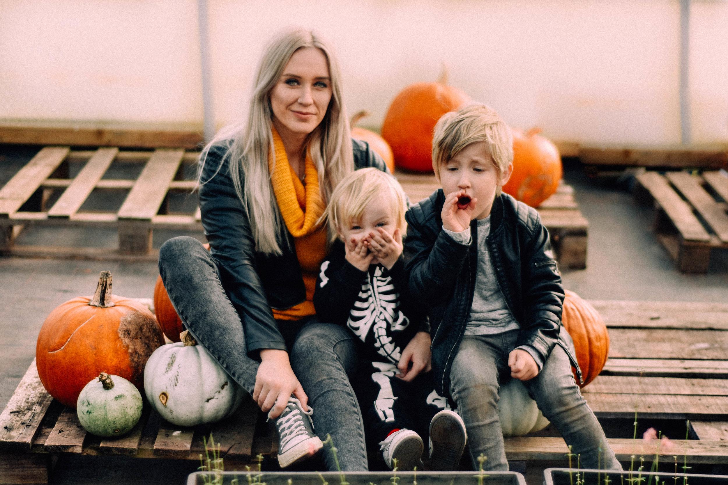 ShannahLauren(Halloween)2-7.jpg